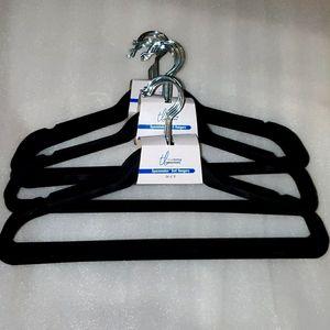 30 Velvet spacemaker Velvet Hangers